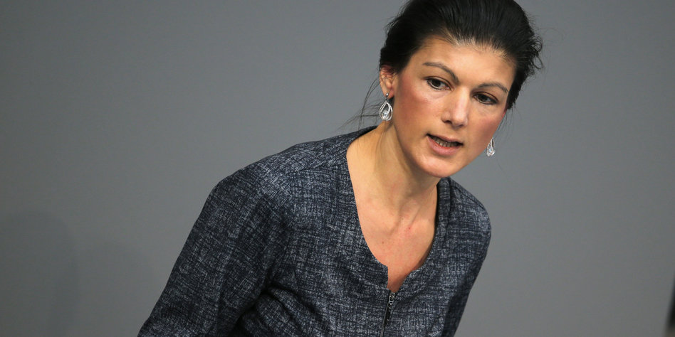 Offenen sahra wagenknecht haaren mit Re: Plüschhausener