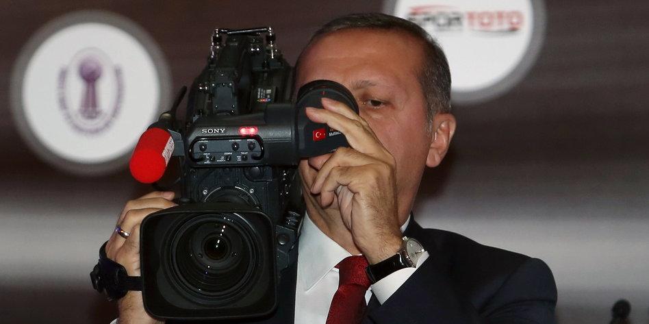 erdogan-kamera-presse-ap.jpg