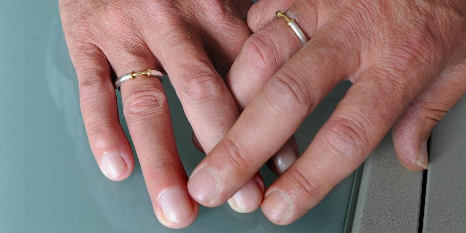 welche aussagen haben ringe auf den fingern