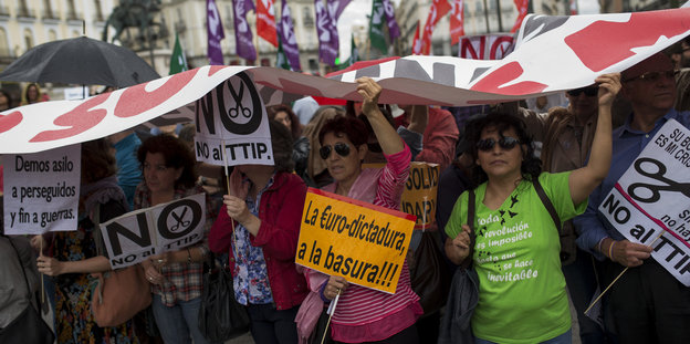 TTIP-Demonstranten in Madrid