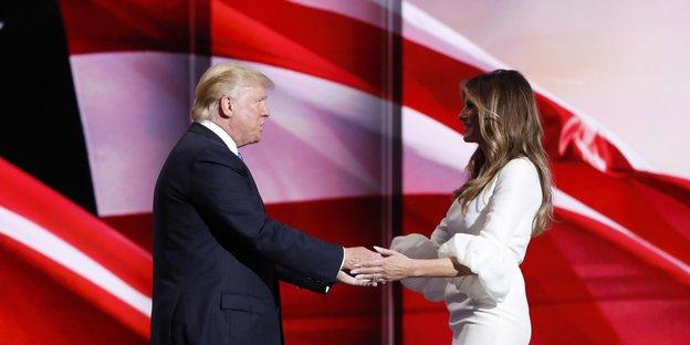 Die Trumps reichen sich die Hände