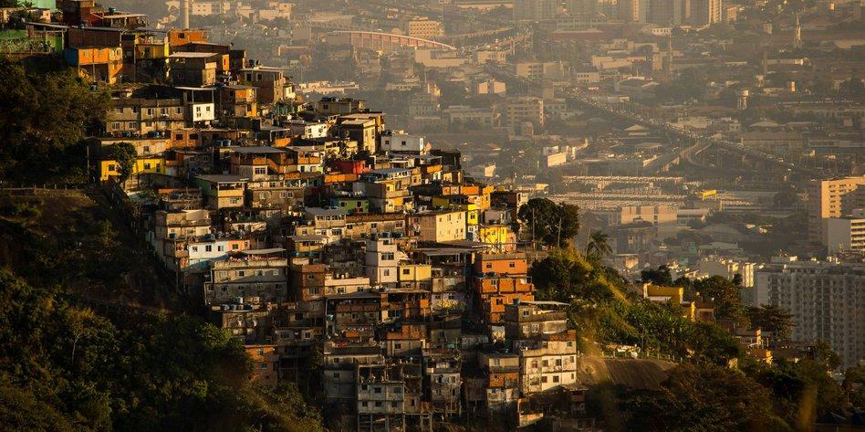 22072016 na favela do rio imago xinhua