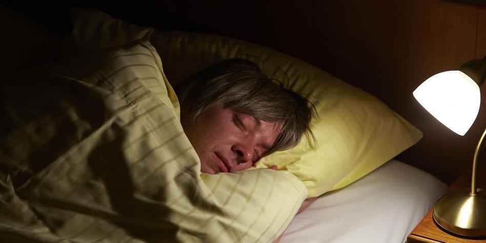 äußerst schlafbeduerftig kreuzworträtsel
