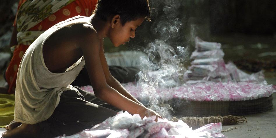 dritte weltkonferenz zu kinderarbeit 168 millionen betroffene. Black Bedroom Furniture Sets. Home Design Ideas
