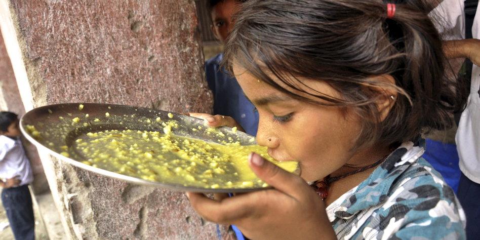 hunger in indien kampf gegen die nationale schande. Black Bedroom Furniture Sets. Home Design Ideas