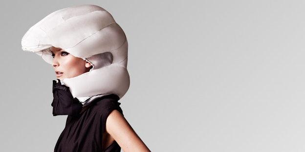airbag f r fahrradfahrer halskrause statt eierschale. Black Bedroom Furniture Sets. Home Design Ideas