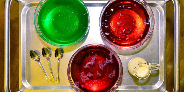 rot rot grüne Puddings