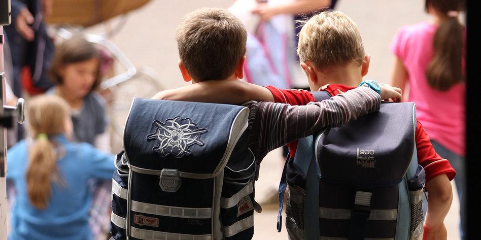 Stehlen Hamburg schwarze pädagogik in hamburg schulen zeigen kinder an taz de