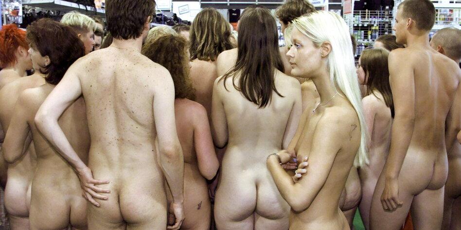 Laura Hippe  nackt