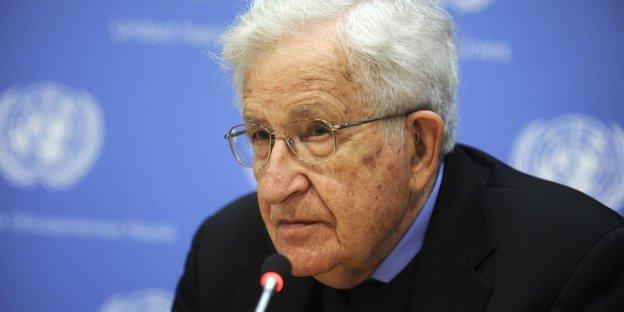 Neues Werk Von Noam Chomsky: Uncle Noam