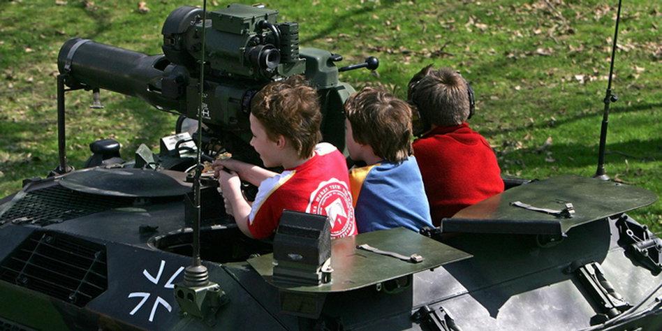 Bundeswehr Kinder