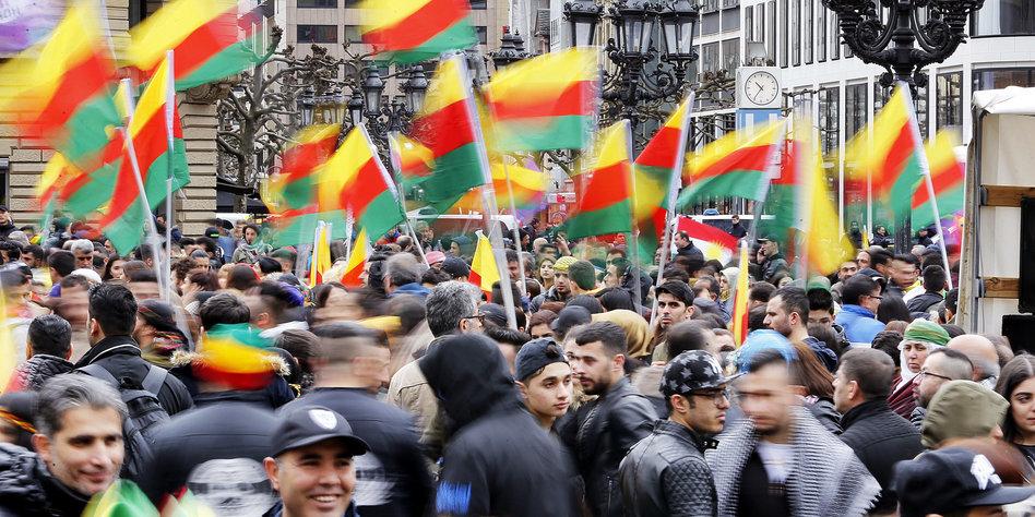 Frankfurt Kurden
