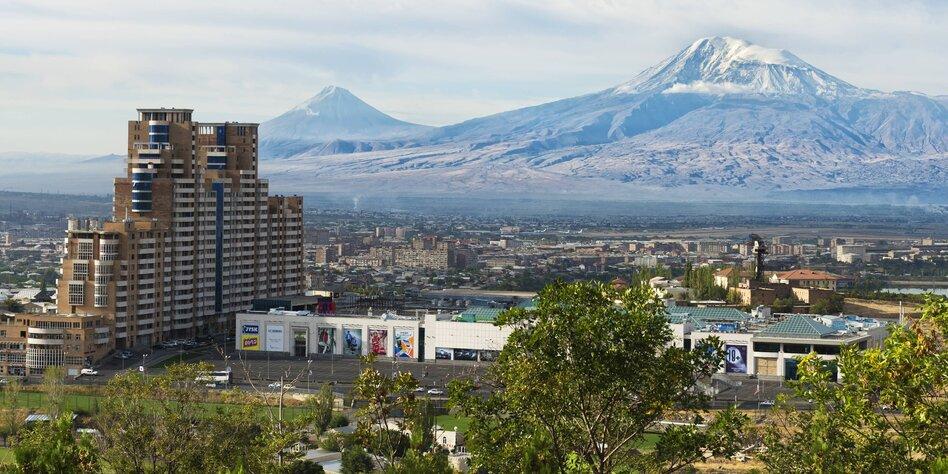 Parlamentswahl In Armenien 20 Euro Fur Eine Stimme Taz De