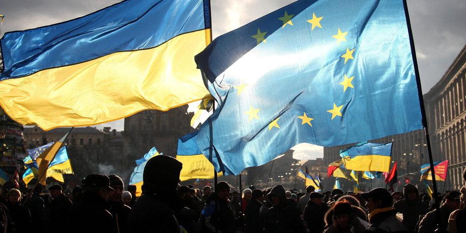 EU-Parlament stimmt visumfreier Einreise für Ukraine zu