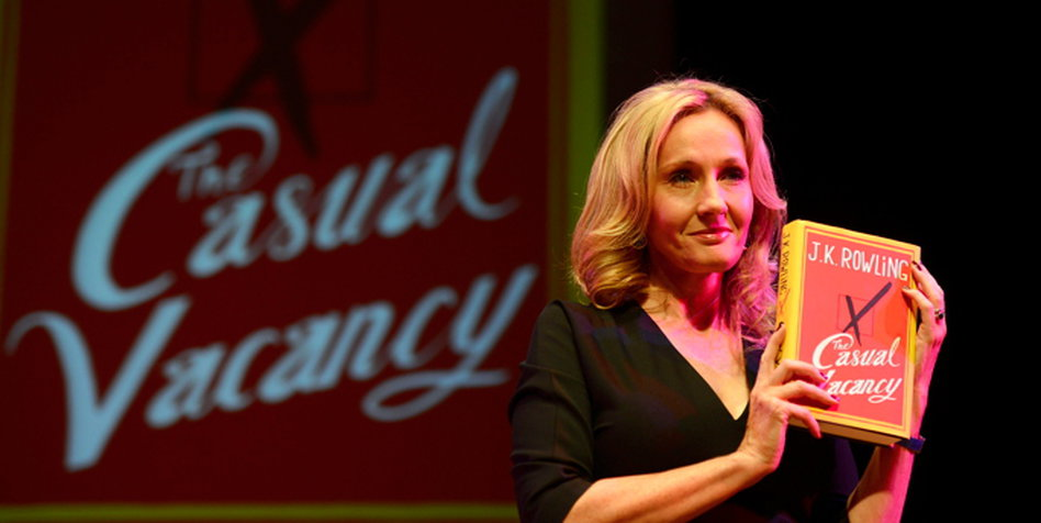 kann offenbar nicht so gut zaubern wie ihre erfindung harry potter jk rowling mit ihrem neuen buch fr erwachsene bild reuters - Joanne K Rowling Lebenslauf