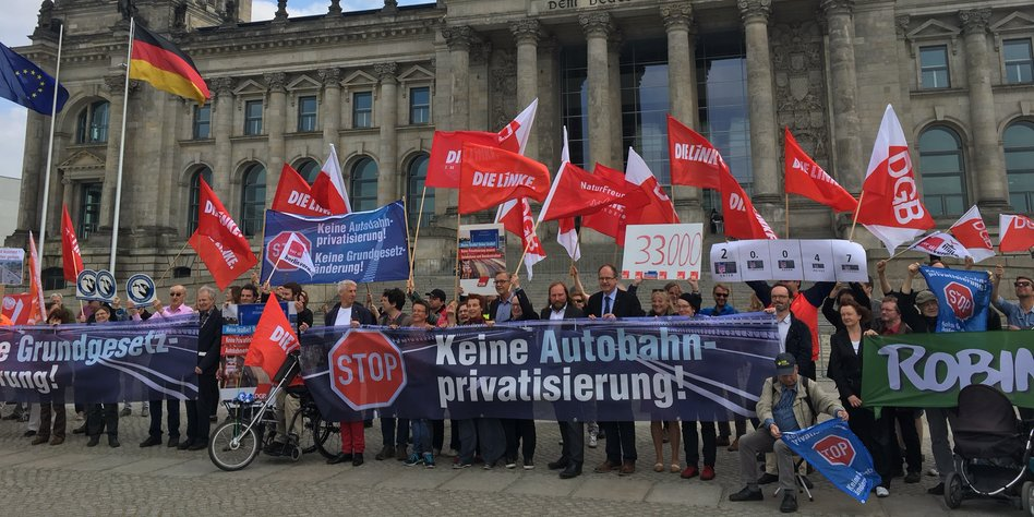 """Kritiker über Autobahn-Gesellschaft: """"Ganz offen durch die Vordertür"""""""