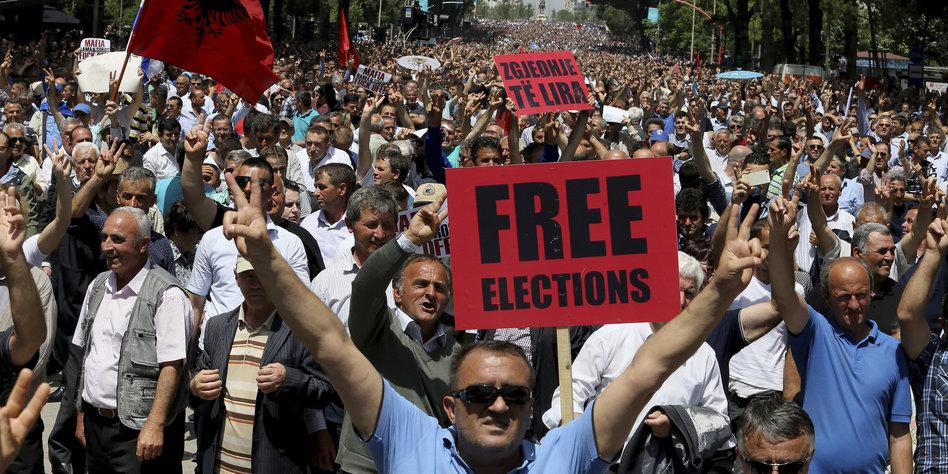 Prognose: Sozialisten gewinnen Parlamentswahl in Albanien