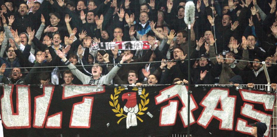 Radikale Fans Im Fussball Ultras Die Demokraten Von
