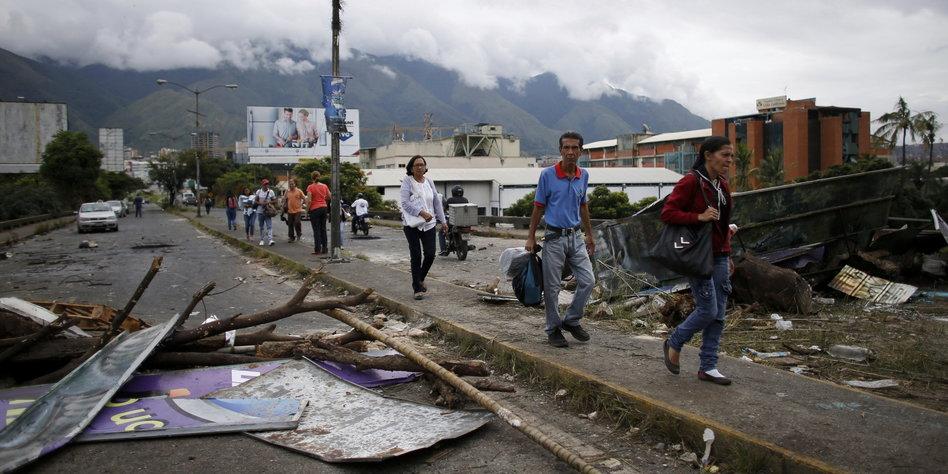 Kommentar Linkspartei Und Venezuela Bruder Im Geiste Taz De