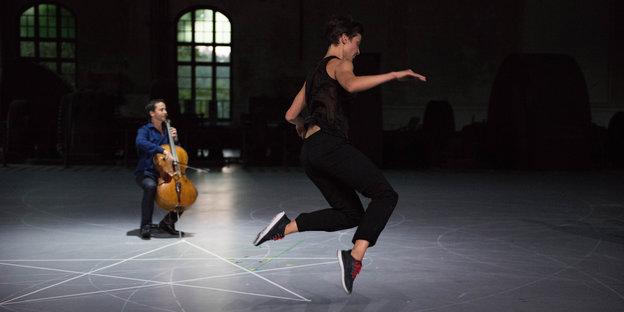 das leben des johan sebastian bachs Vor mehr als 300 jahren prägte johann sebastian bach das musikalische leben weimars in besonderer manier und verhalf der stadt mit seiner einzigartigen.