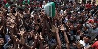 Vertreibung der Rohingya: Staatenlose jenseits der Grenze