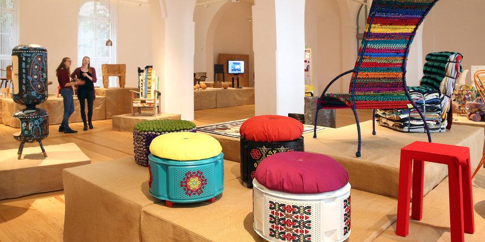 upclyling im museum abfall aufgewertet. Black Bedroom Furniture Sets. Home Design Ideas