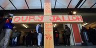 """Aktivistin über den Tod von Oury Jalloh: """"Hier soll alles vertuscht werden"""""""