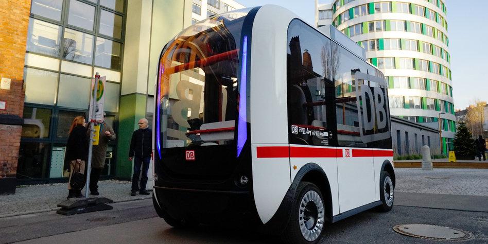 selbstfahrende busse ein pro und contra fahren ohne fahrer. Black Bedroom Furniture Sets. Home Design Ideas