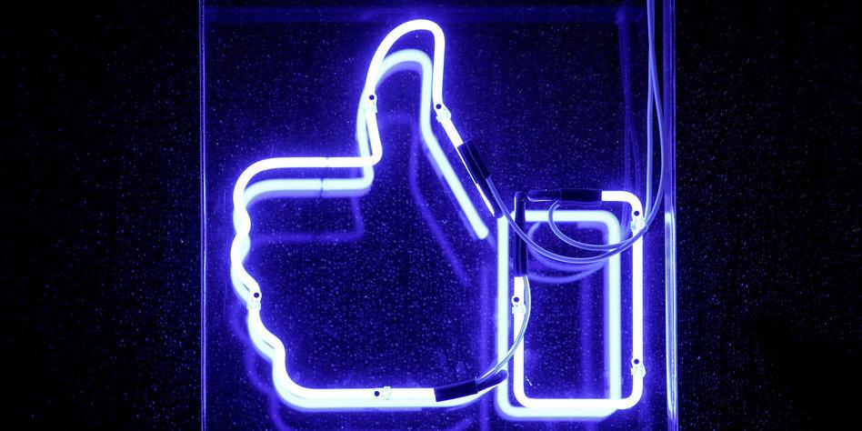 daumen hoch facebook