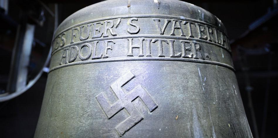 Streit Um Nazi Symbol Im Kirchturm Hitler Glocke Darf Wieder