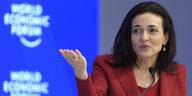 Datenskandal um Cambridge Analytica: Bundestag lädt Facebook vor