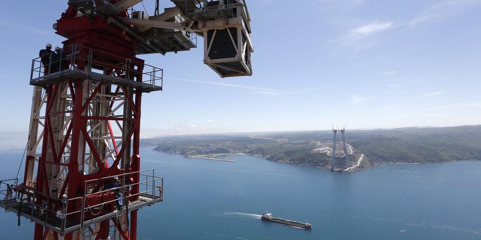 Baustelle der dritten Bosporusbrücke