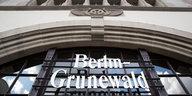 """1. Mai in Berlin-Grunewald: """"Wo eine Villa ist, ist auch ein Weg"""""""