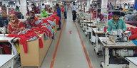 Fünf Jahre nach Rana-Plaza-Unglück: Kein Stoff für faire Kleidung
