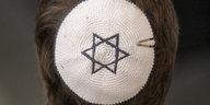 Aktion gegen Antisemitismus: Kippa, Kippot, Solidarität