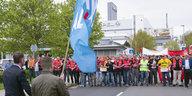 Gewerkschaftskundgebung in Eisenach: Opelaner drängen Höcke ab