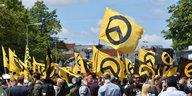Identitären-Kader als AfD-Mitarbeiter: Das rechtsextreme Regionalbüro