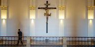 Staat und Kirche in Bayern: Karlsruhe, Kruzifixe und Krawall