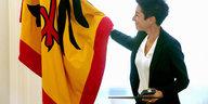 Bundesverdienstkreuz für Dunja Hayali: Orden gegen Hass