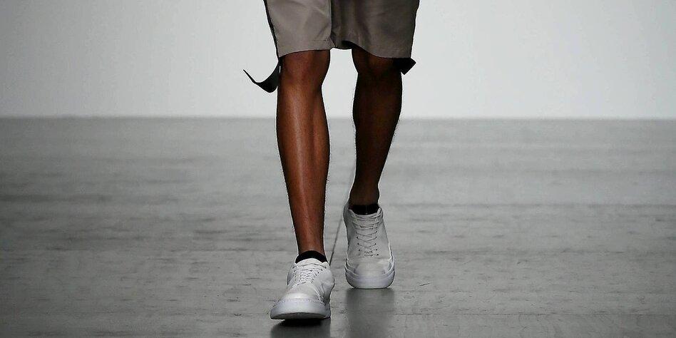 Mann beine sehr dünne sehr duenne