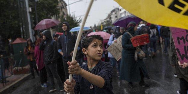 syrer darf zweitfrau nachholen