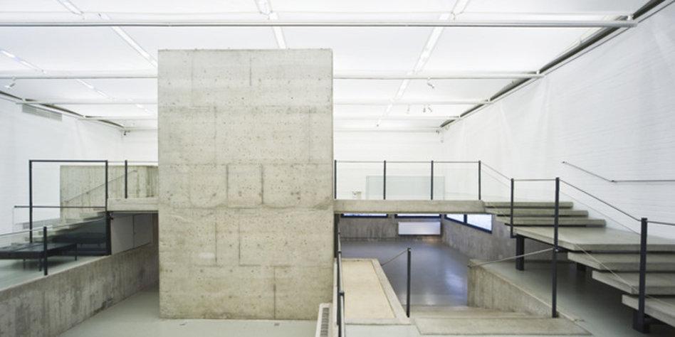 Architektur ausstellung ungeliebte bauten - Postmoderne architektur ...