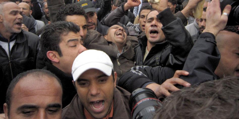 Einzelne arabische Männer