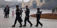 Menschenrechtsverletzungen in China: Grabesstille über Xinjiang