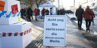 Wie die AfD gegen ihre Gegner mobilisiert: Demokraten im Visier