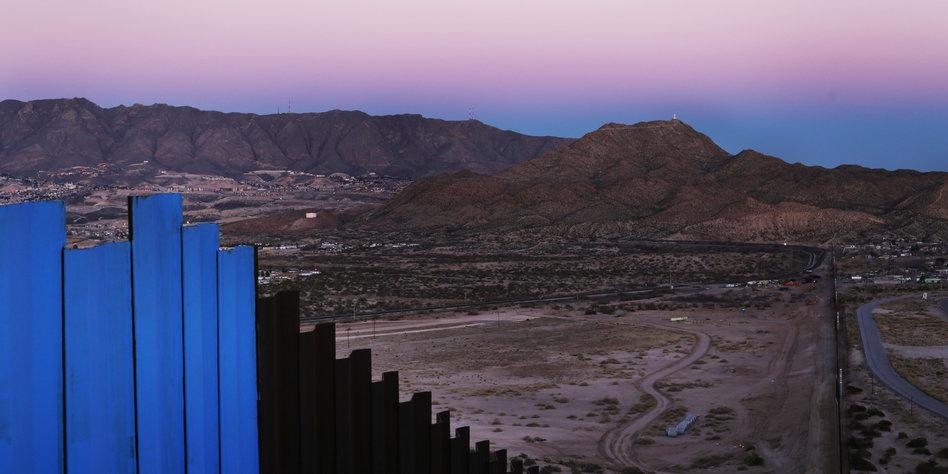 Mexiko Kartell Brücke.Drogenhandel Zwischen Mexiko Und Usa Das Geschäft Läuft Taz De