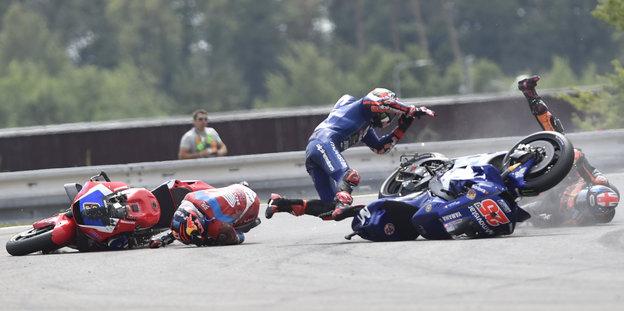 Kollision zweier Motorräder