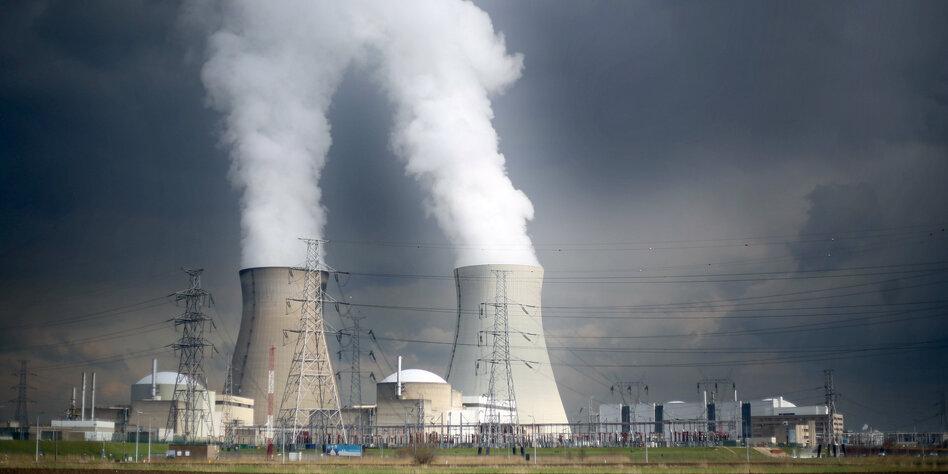 Weltweite Stromerzeugung Keine Renaissance Der Atomenergie Tazde