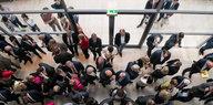 Debatte Abgeordnete im Bundestag: Fraktionszwang abschaffen!