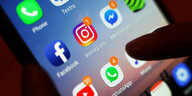 Gastkommentar über Hass im Netz: Die feigen Social-Media-Hetzer